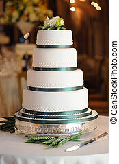 Green and white wedding cake - Green and white wedding cake...