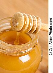 fresh gold honey dipper