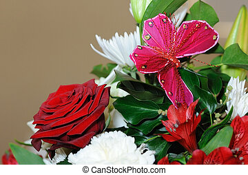 Red roses and butterfly. - Red roses and butterfly decorate...