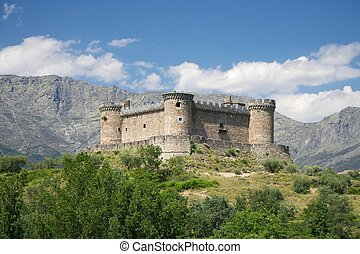 Mombeltran castle and mountains - view of public Mombeltran...