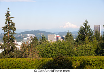 Downtown Portland Oregon - A beautiful summer day in...