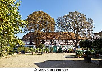 farmhouse of famous Biebrich Palace