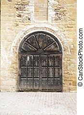 San Miguel de Lillo door