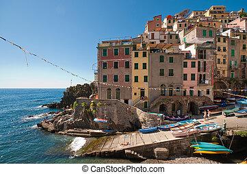 Riomaggiore - Small fishing village Riomaggiore in Cinque...
