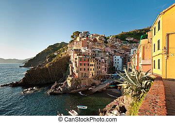 Riomaggiore town - Small fishing village Riomaggiore in...