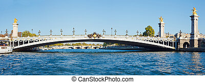 Alexander III Bridge - Panorama Alexander III bridge, paris,...