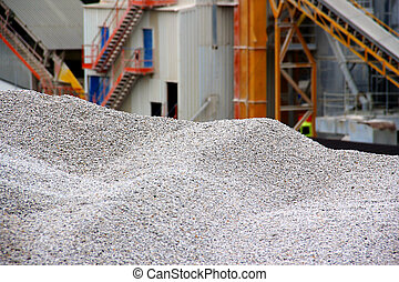 Working with gravel - Gravel pit and asphalt base Focus on...