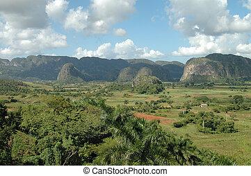 Valle de Vinales, Cuba - Valle de Vinales, Pinar del Rio,...
