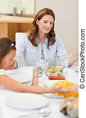 orando, família, aproximadamente, ter, jantar
