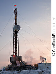 Drilling rig. - Vertical view of a drilling rig in severe...