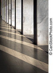 reflected columns - Columns with sunlight in the gaps and...