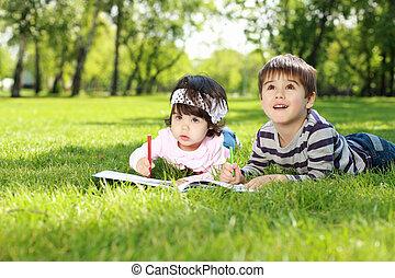 本, 公園, 読書, 子供