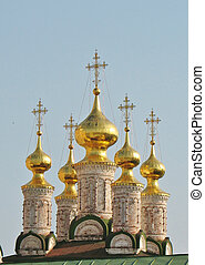Golden domes of the Ryazan Kremlin - Domes of the orthodox...
