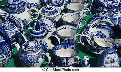 Clay Gzhel souvenirs - Gzhel one of the traditional Russian...