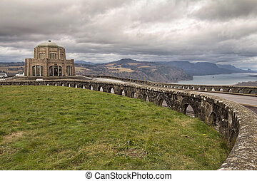 Historic Vista House on Crown Point in Oregon - Historic...