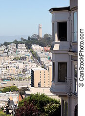 San Francisco Coit Tower - Coit Tower viewed from Lombard...
