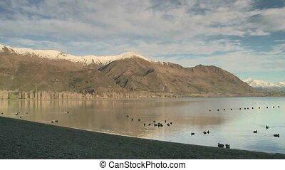 Lake Wanaka - Pan right