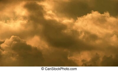 Spectacular clouds cover sky. - Spectacular clouds cover...