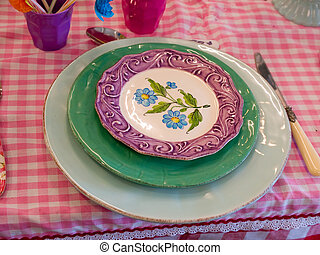 Traditional hand painted dishes - Traditional hand painted...