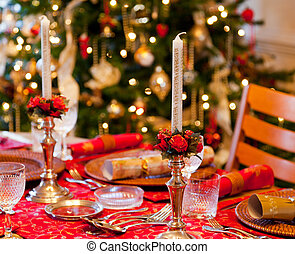 English Christmas table with crackers - Christmas crackers...
