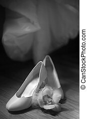 Wedding shoes - Classic wedding shoes and orchid Black and...