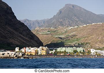 Cityscape at Puerto Tazacorte, La Palma