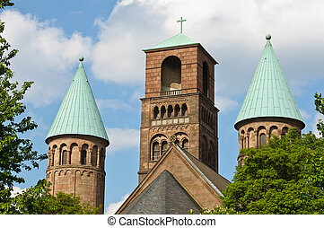 Back view of Erl?ser kirche of Essen, Germany