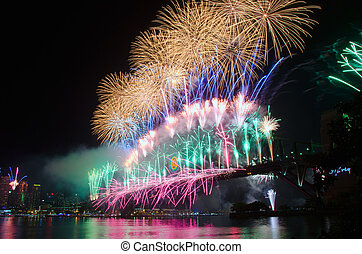 Sydney Harbour New Years Eve NYE Fireworks - World Renown...