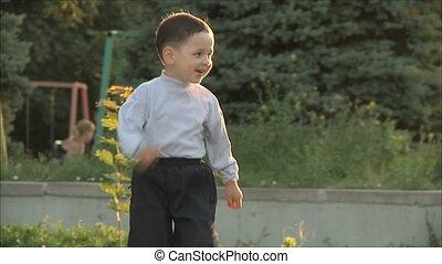 little boy runs to her mother  2