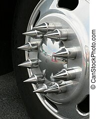 pointy - Decorative hubcap on an 18-wheel truck