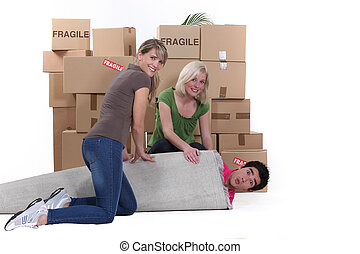 Three friends moving house