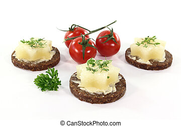 Hors d oeuvre - Pumpernickel bread with butter, Harz cheese...