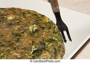 Spinach Tortilla - Spinach tortilla with onions and potatoes