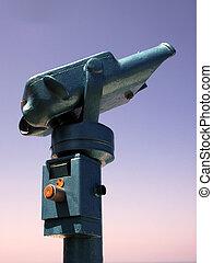 Coin operated binoculars