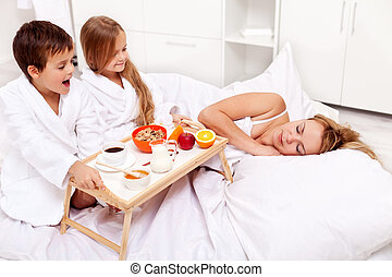 Rise and shine - breakfast in bed for mom - Wake up mommy -...