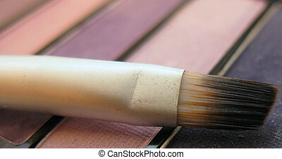 Eye  shadows, brush