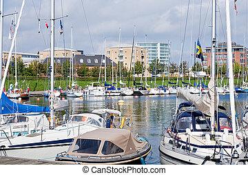 Urban mooring of boats in Copenhagen, Denmark - COPENHAGEN -...