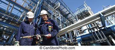 refinería, trabajadores, tubería, const