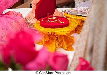 thai buddism wedding gifts