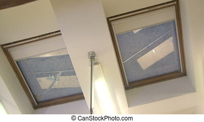 Automatic blinds on the windows in the ceiling