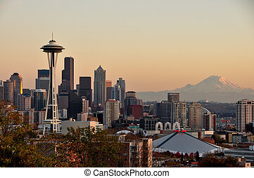 Fall at Kerry Park - Seattle, the Space Needle and Mount...
