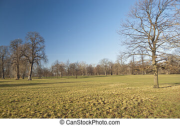 Hyde Park, London - Hyde Park is one of the largest parks in...