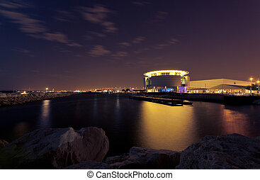 Discovery World lit up - Milwaukee Discovery World at Pier...