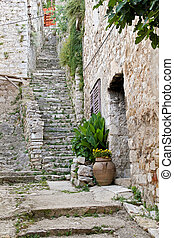 Stone staiway - Stone stairs and old house in Skradin...