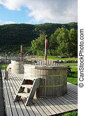 Norwegian Outdoor Bathtubs - Norwegian outdoor rustic...