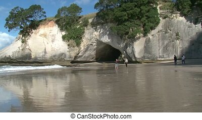 Cathedral Cove 3 - Cathedral Cove in Coromandel, North...