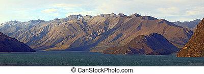 Lake Hawea Panorama Wanaka New Zealand - Lake Hawea with...
