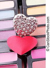 hearts - Hearts on a make-up box