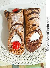 Cannoli di ricotta Siciliani - Sicilian pastry - Cannoli...