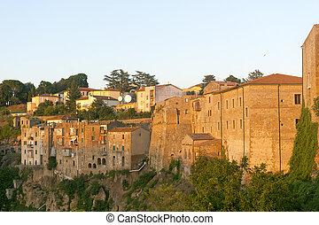 Pitigliano (Tuscany) at evening - Pitigliano (Grosseto,...